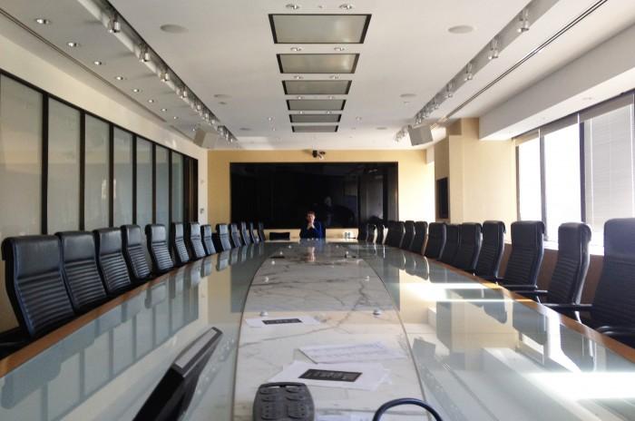 rafael rozendaal boardroom